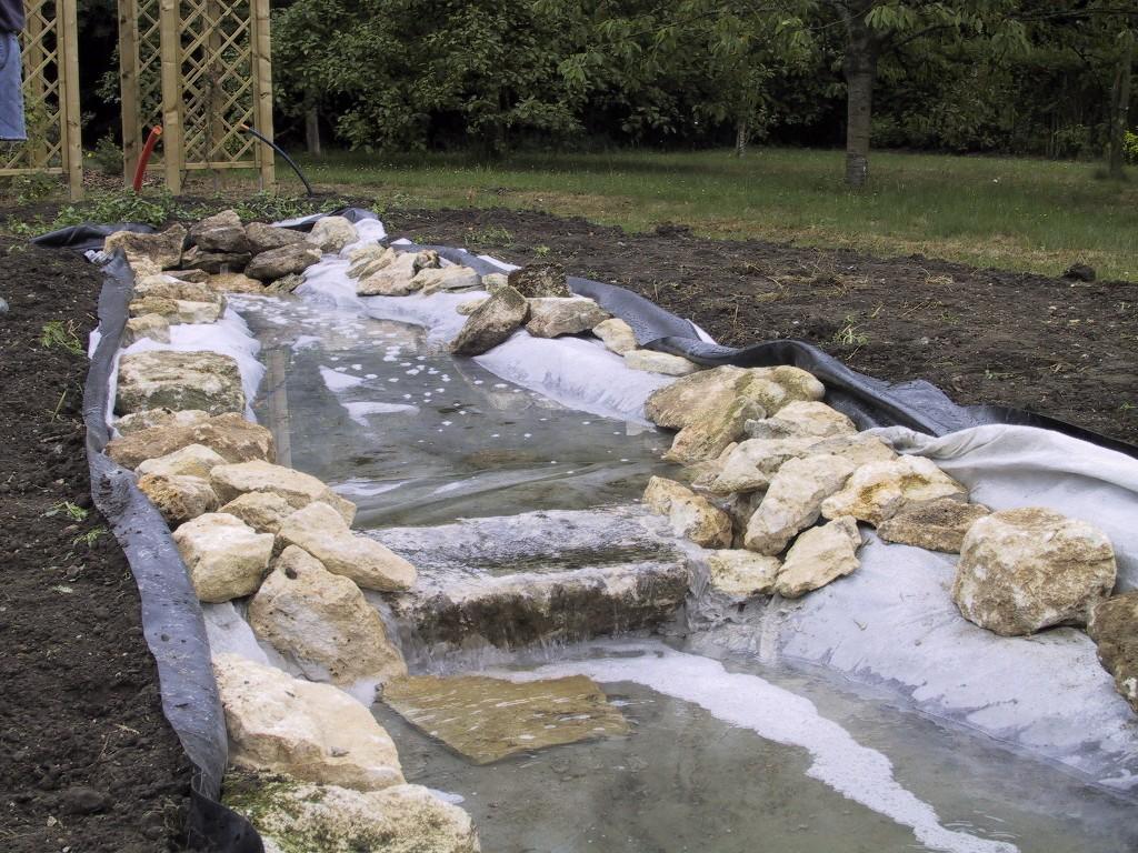Harrois espaces verts paysagiste 60 oise jardin d 39 eau for Creation de bassin pour poisson